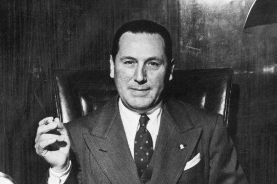 De Lobos o de Roque Pérez? El misterio del nacimiento de Perón | Infocielo