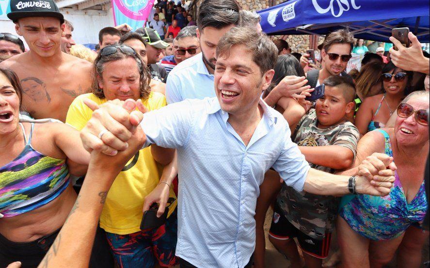 Kicillof dejó en San Bernardo un paquete de promesas para el sector turístico