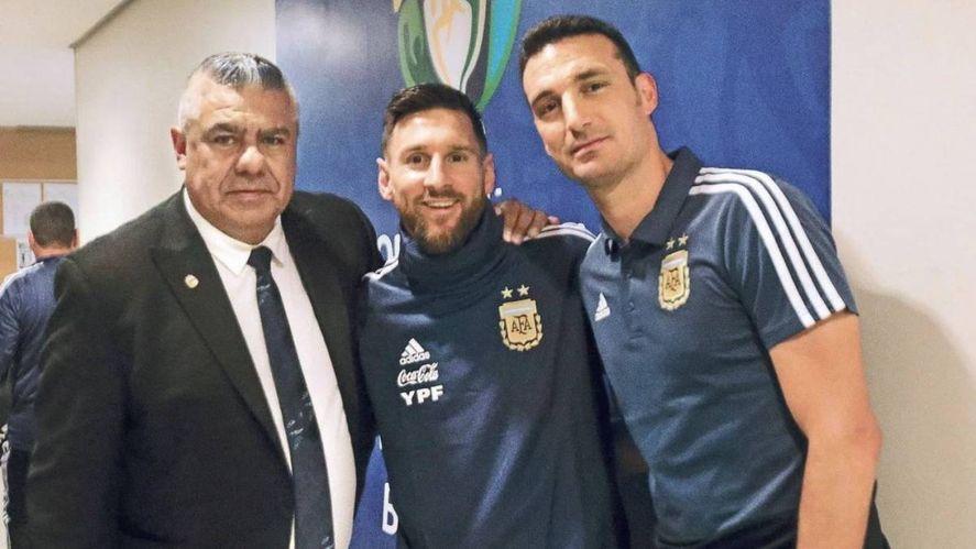 Trio campeón: Tapia habló sobre la convivencia con Scaloni y Messi.