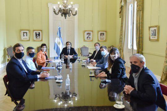 Cafiero acordó la implementación de herramientas digitales con municipios bonaerenses