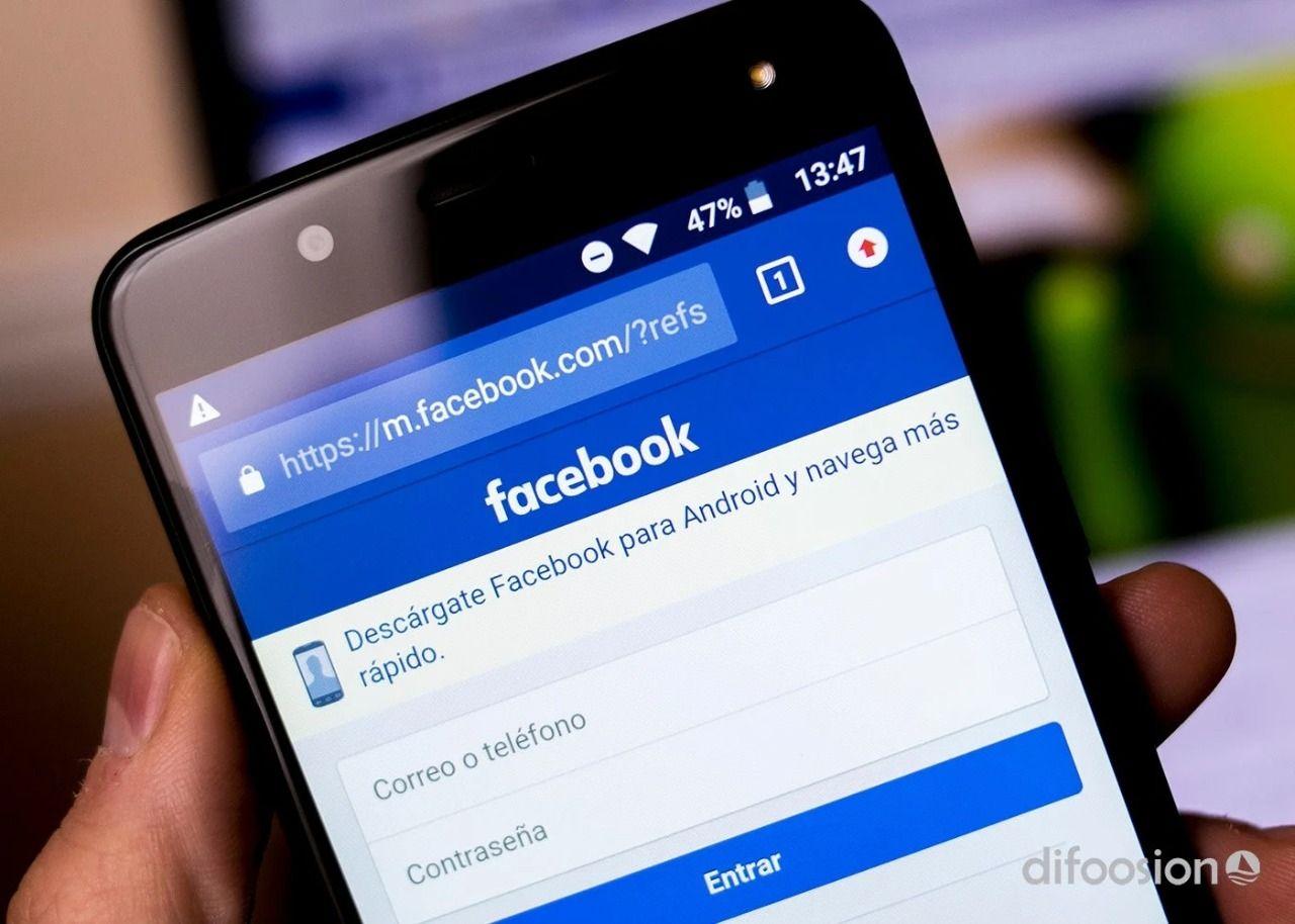 El hombre de 58 años conoció a la joven de 24 años por Facebook en San Nicolás