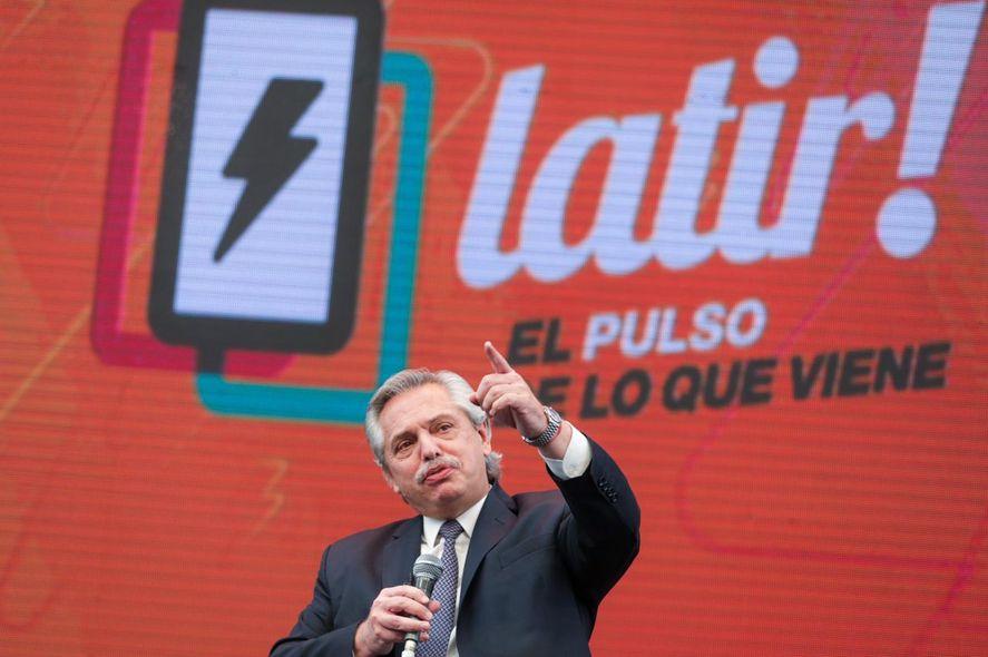 Alberto Fernández pidió a los jóvenes que sean protagonistas