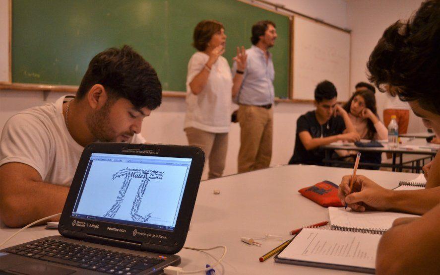 Se reactiva la UNLP: más de 1800 estudiantes arrancan el curso de ingreso en la facultad de Ingeniería