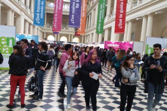 expo universidad: llega la feria que acerca a los estudiantes secundarios a las facultades