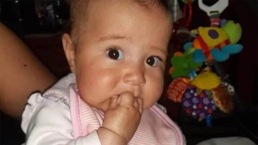 La beba tenía cinco meses y murió al quedar en medio de un tiroteo
