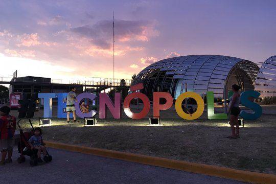 Tecnópolis fue construido durante el gobierno de Cristina Kirchner, y hoy se realizó allí el cierre de campaña del Frente de Todos.
