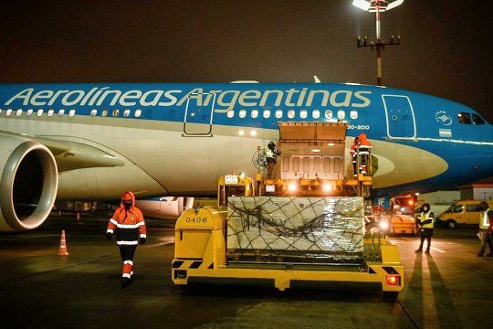 Un nuevo vuelo de Aerolíneas Argentinas partirá este jueves para traer nuevas dosis de la vacuna Sputnik V