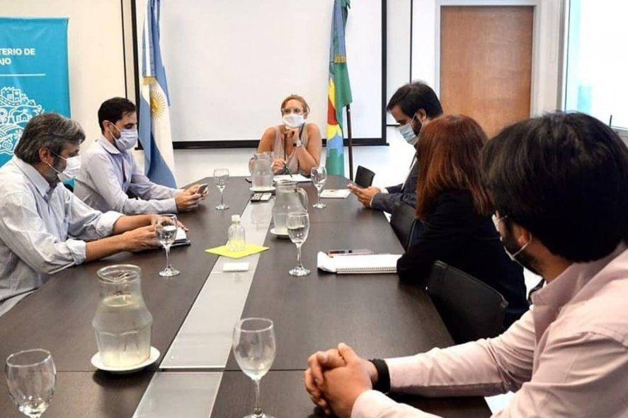 Una de las reuniones entre referentes de CICOP y la ministra de Trabajo, Mara Ruiz Malec