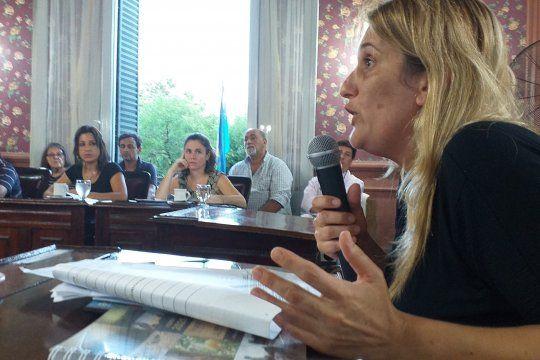 Concejales de JxC dejaron constancia en actas que les molesta la voz de la concejala Sabrina Viñales. Créditos: Noticias Mercedinas.