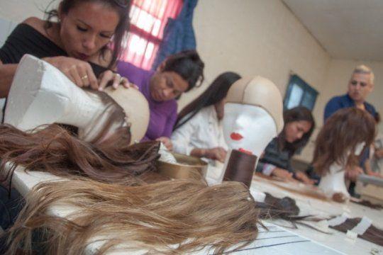internas trans de florencio varela confeccionaron pelucas para donar a pacientes oncologicos