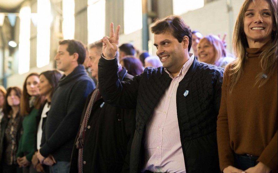 Debandi y Collia se lanzaron en Tres de Febrero con críticas al relato de Valenzuela