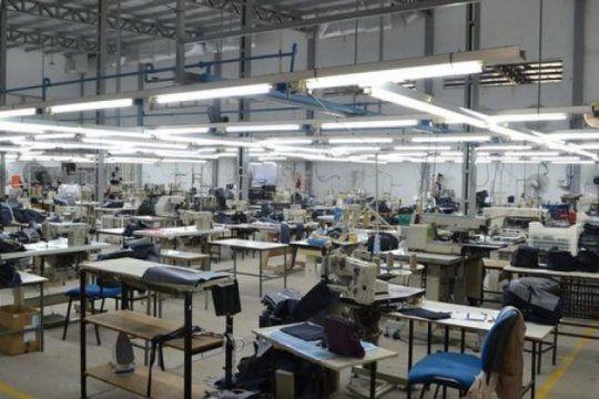 critica situacion en una textil de san pedro: mas de 80 personas podrian perder el empleo