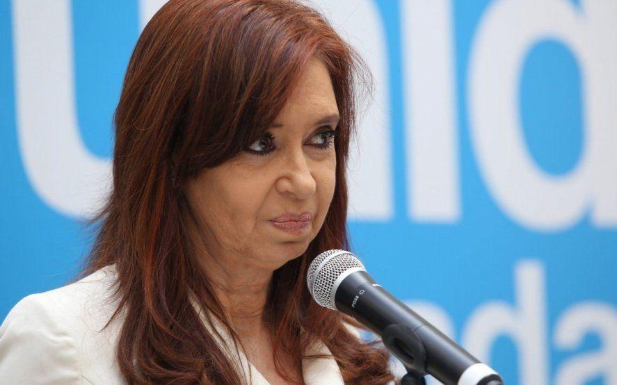 """CFK dijo que """"a diferencia"""" de Stornelli, su hija """"cumplió con todos los requerimientos judiciales"""""""
