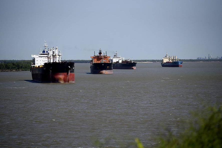 Cepa Delta: una tripulación quedó aislada a bordo con síntomas de Covid