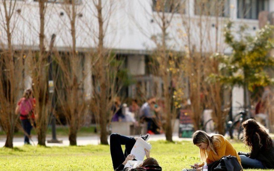¡Atentos estudiantes! la UNLP confirmó cuándo empiezan las vacaciones de invierno