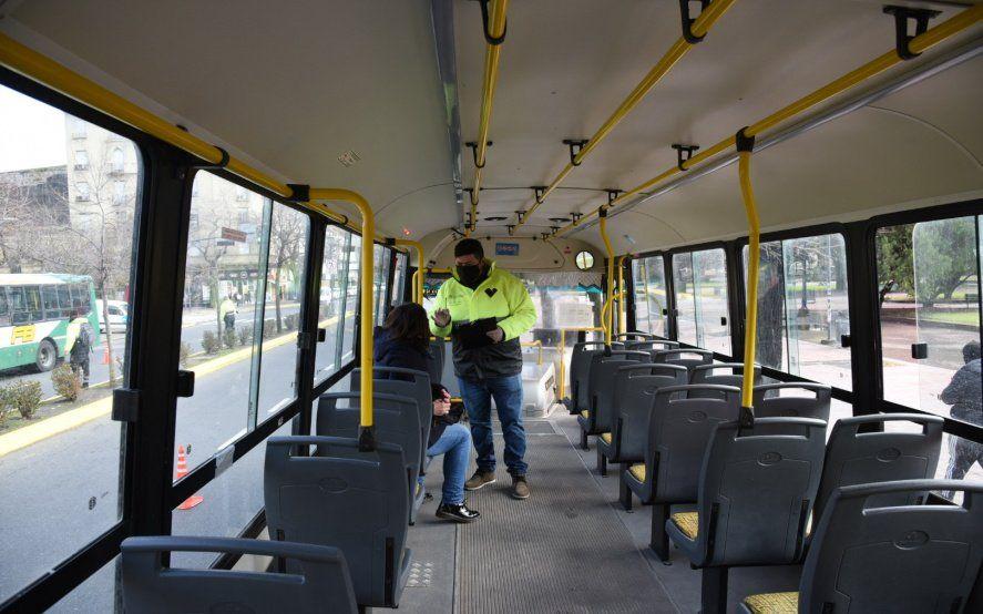 Confirman una importante reducción del transporte público en el AMBA y La Plata