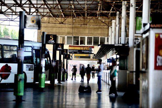 La Defensoría del Pueblo bonaerense instaló un tótem interactivo en la terminal de La Plata.