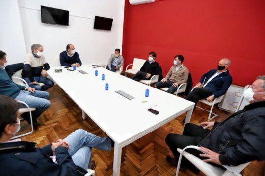 el gobierno extiende a otros 20 municipios las actividades de excepcion en la cuarentena
