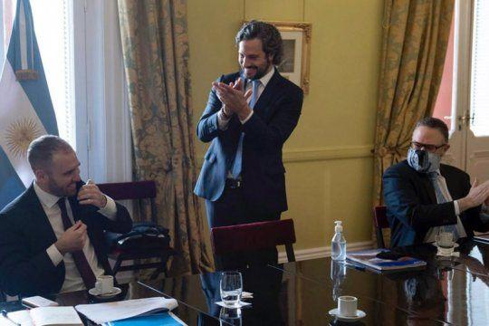 aplausos para guzman: asi recibieron al ministro en casa rosada