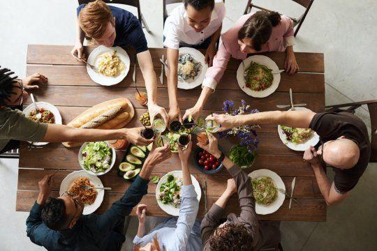 Año Nuevo sustentable: una especialista brindó consejos fáciles para una cena más ecológica.