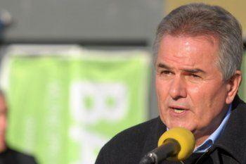 El intendente de Bahía Blanca, Héctor Gay, propone privatizar la recolección de residuos.