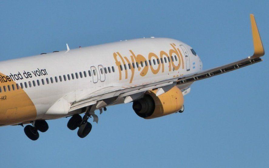 """Estiman que Flybondi """"en diciembre dejaría de operar porque no se puede bancar más la pérdida"""""""