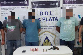 Los tres detenidos de 28, 33 y 44 años en La Plata