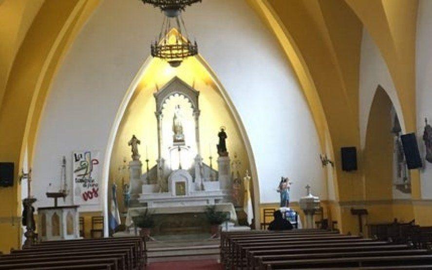 Delincuencia sin códigos: redujeron al párroco, se metieron en la iglesia y escaparon con las limosnas
