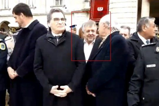 ¿alarde de impunidad? stornelli se mostro a metros de macri en el acto por el dia del ejercito