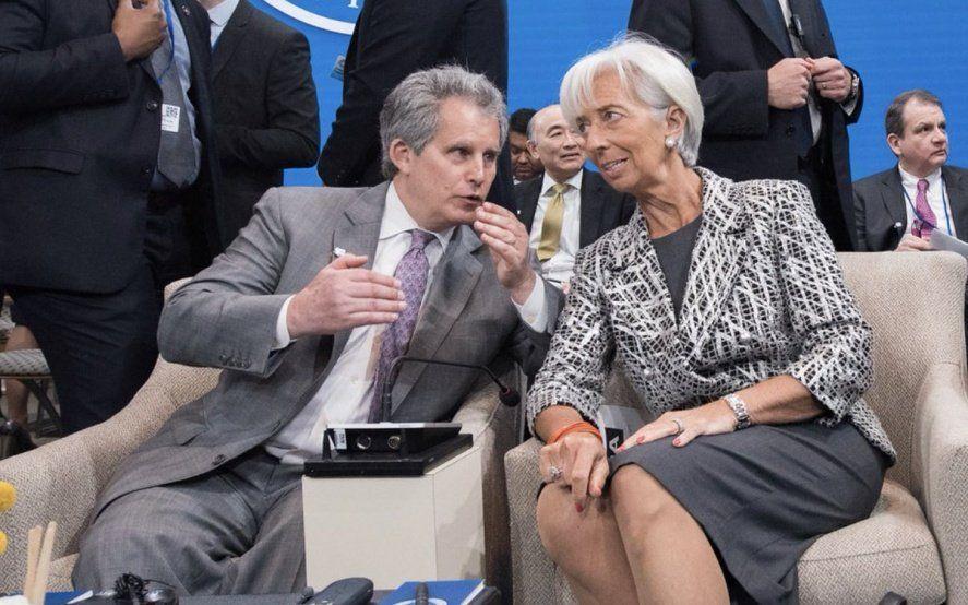 El gobierno recibirá un nuevo desembolso del FMI en medio de la campaña