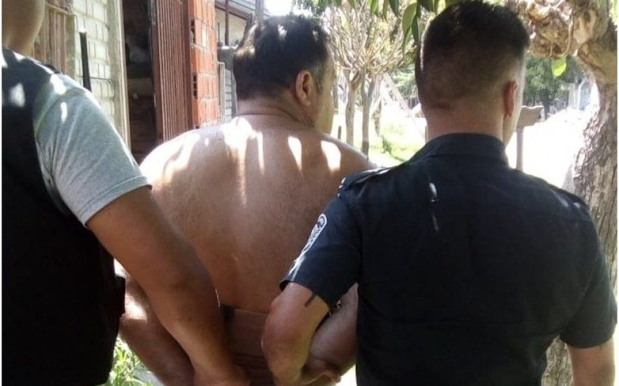 Horror en La Plata: un hombre tenía secuestrada a su suegra en una jaula para poder cobrar su pensión