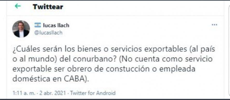 El tuit original que Lucas Llach escribió de madrugada denostando a los obreros, las empleadas domésticas y el Conurbano. Al rato lo borró.