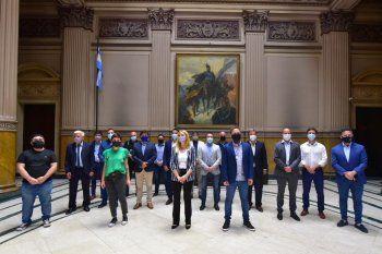 Los intendentes oficialistas se reunieron en La Plata con importantes planteos a la gestión.