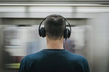 Las pérdidas de audición pueden deberse a causas genéticas, complicaciones del parto, infecciones y más causas