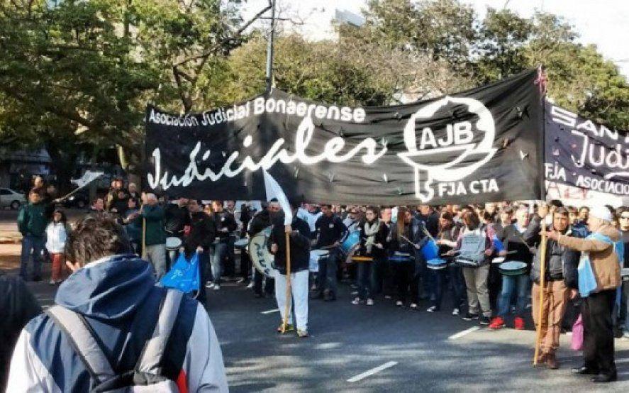 Vidal convocó a paritaria judicial y los trabajadores exigirán una propuesta similar a la de los docentes