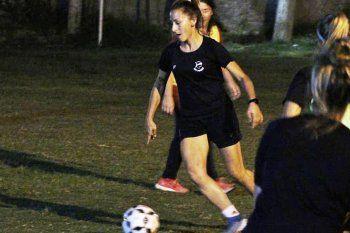 Gimnasia se despidió de Mavi Pintos, que jugará en Las Pumas.