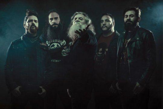 """Los Antiguos fueron nominados a los Premios Gardel 2020 en la categoría """"Mejor álbum rock/pesado/punk"""", por Oro para las naves, su tercer trabajo."""
