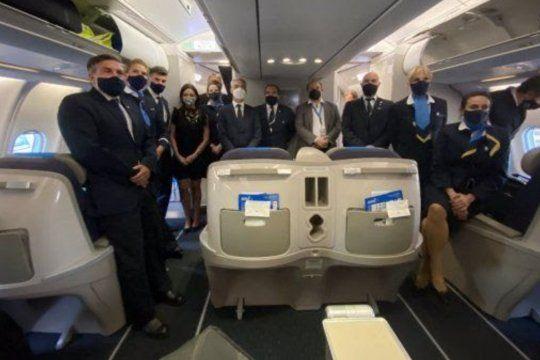 Avión y tripulantes del vuelo de Aerolíneas Argentinas que ya salió rumbo a Moscú