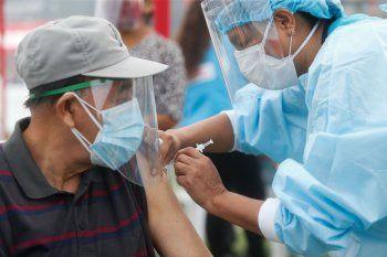 Más de 800 mayores de 70 años se vacunaron en la Provinciaen un día