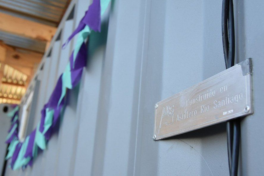 La casa para contener a mujeres en situación de violencia de género se construyó con contenedores del Astillero Rio Santiago