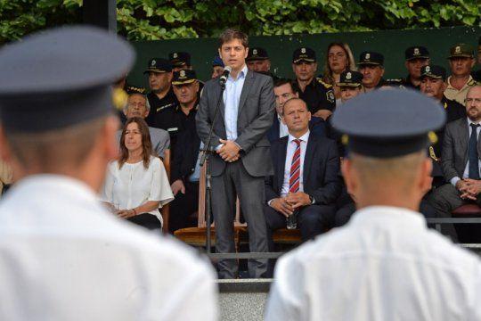 kicillof dijo que el operativo sol fue exitoso y pidio una policia decente y humanizada