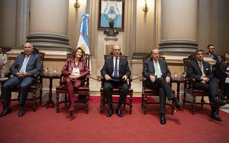 La Corte le dio otro cachetazo a Macri por el decreto que bajó impuestos y complicó a las Provincias