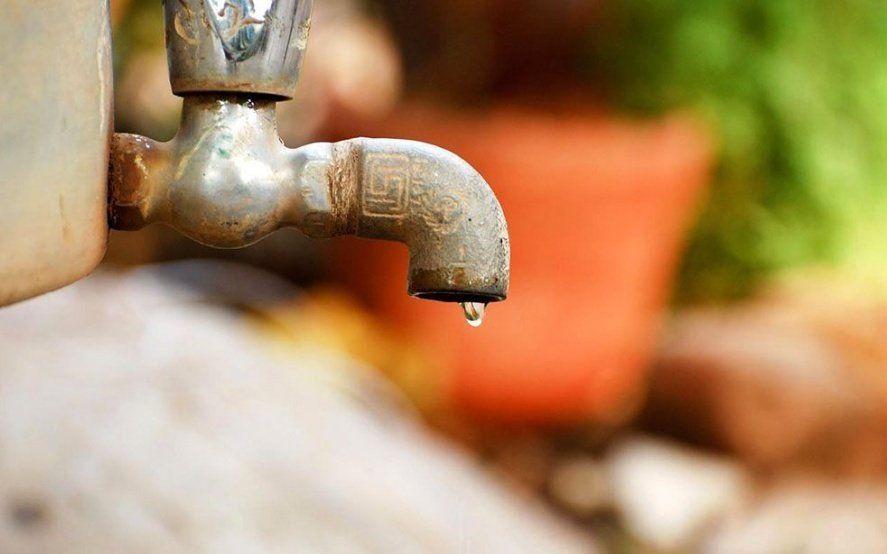 Insólito: en medio del brote por coronavirus, usuarios de ABSA denuncian en las redes la falta de agua