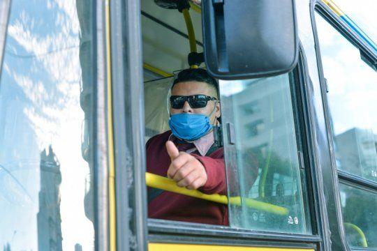 covid 19 en argentina: 42 mil casos confirmados y mas de mil muertos