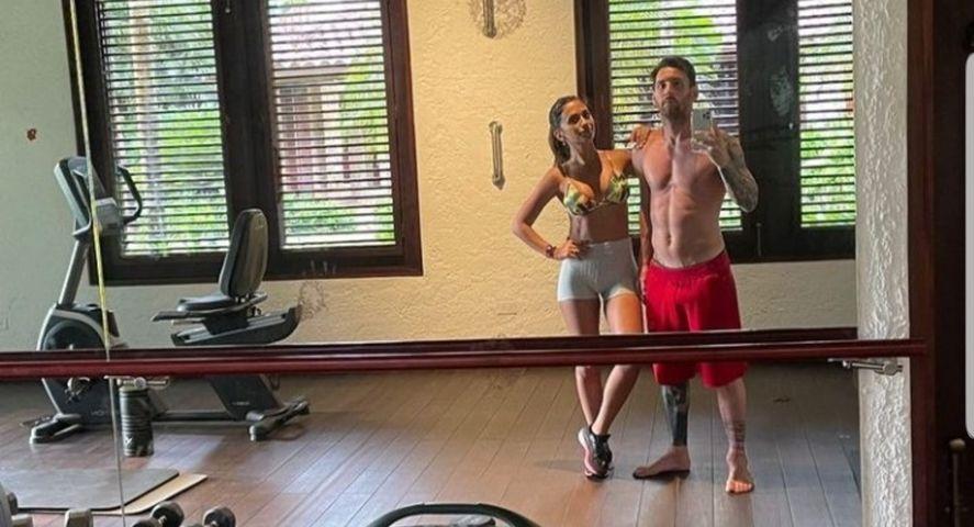 Messi y su esposa Antonela entrenando: calentaron a un país