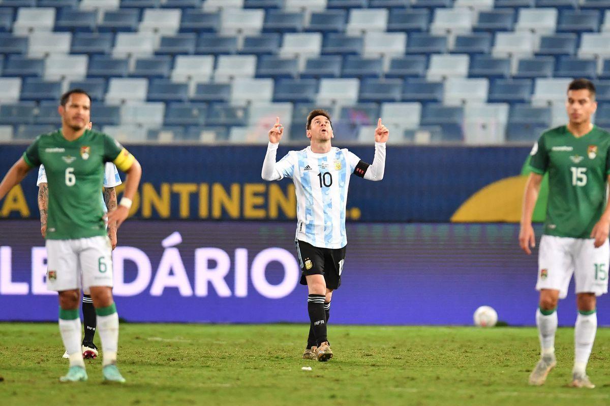 A rezar por una entrada: 17 mil hinchas podrán comprar entradas para Argetnina - Bolivia.
