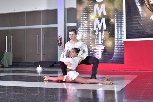 el sueno de nahu y aby, dos bailarines de quilmes que piden ayuda para ir al mundial de salsa