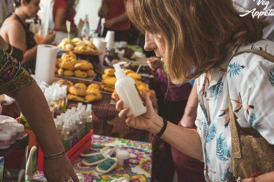 cumple un ano el primer festival vegano de la plata y crece la conciencia contra el maltrato animal