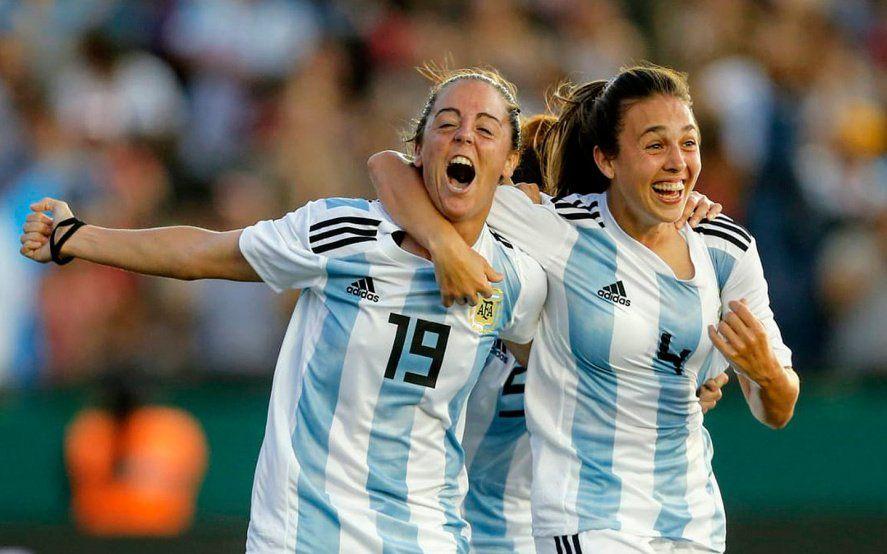 Mariana Larroquete se va al fútbol europeo y será la argentina mejor paga