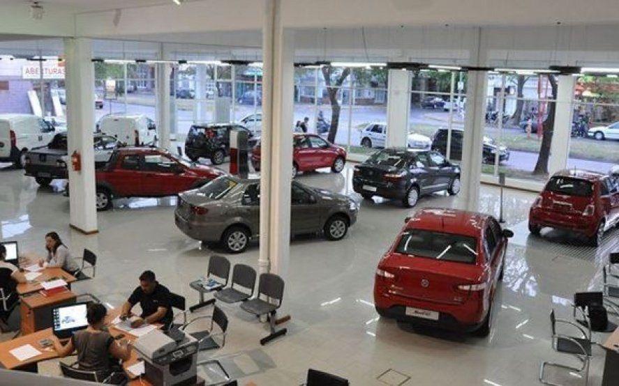 Derrumbe de los planes de ahorro: en lo que va del año se vendieron 50% menos de autos 0km